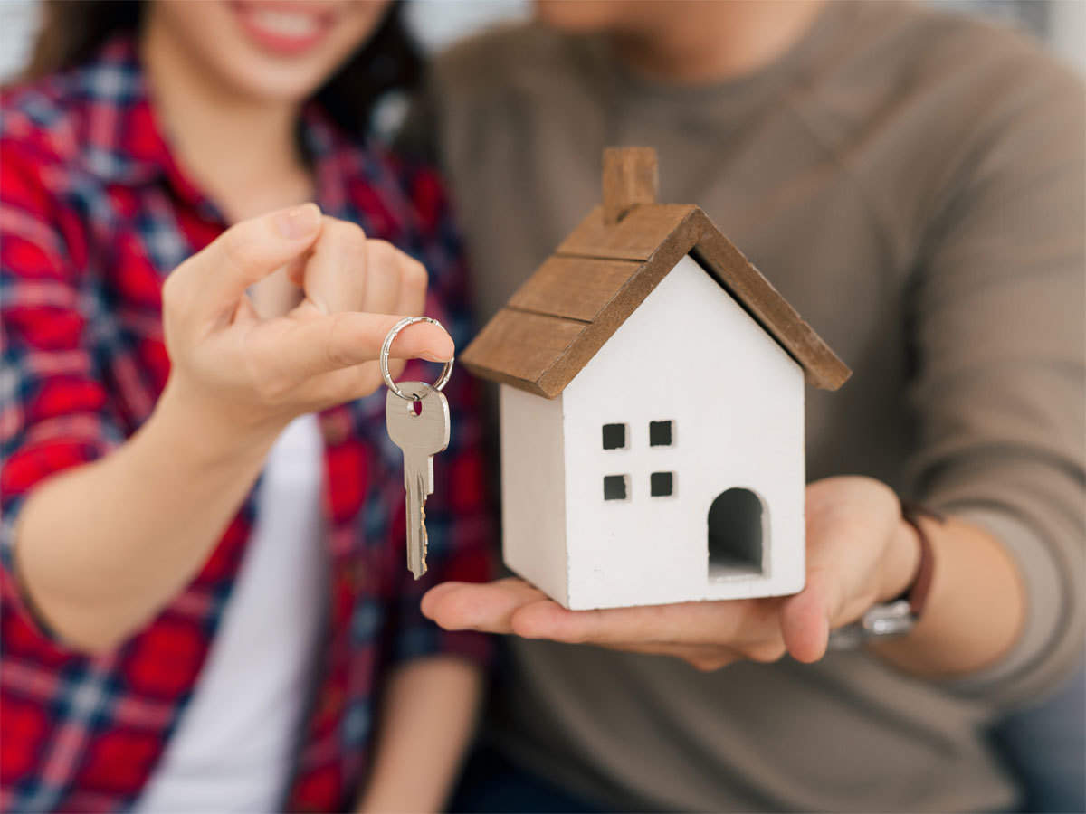 IS IT THE RIGHT TIME TO BUY A HOUSE?